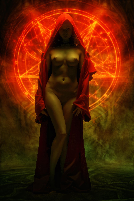 меняю технику,переключаюсь картинки мистическая эротика еще одна